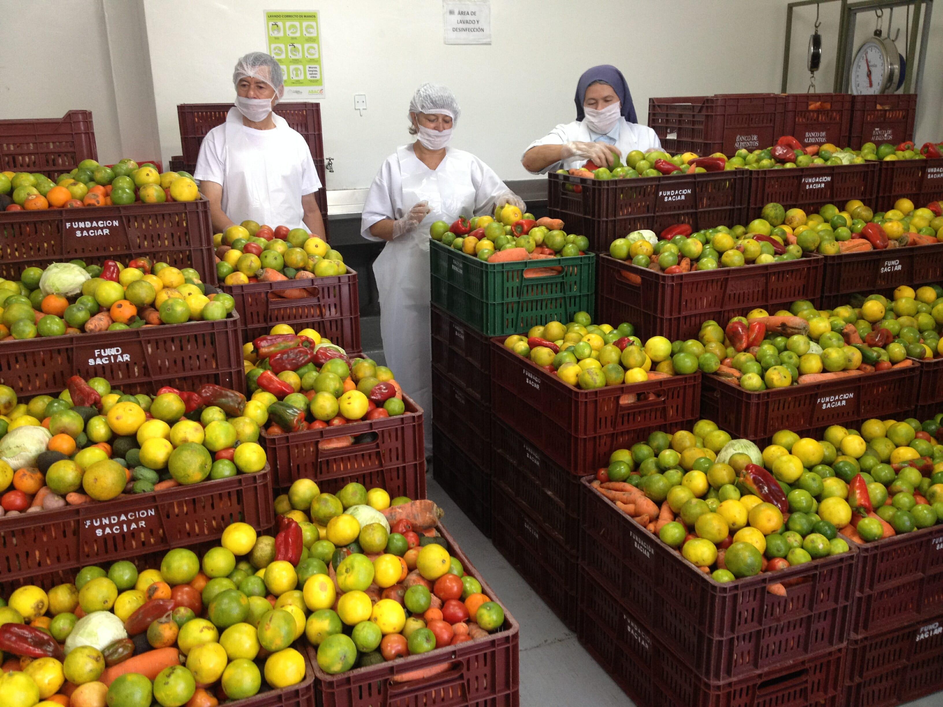 Bancos de alimentos de Colombia aumentan ayudas en 200 % durante pandemia